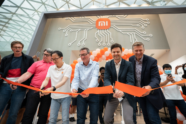 Xiaomi reopens Westfield White City store